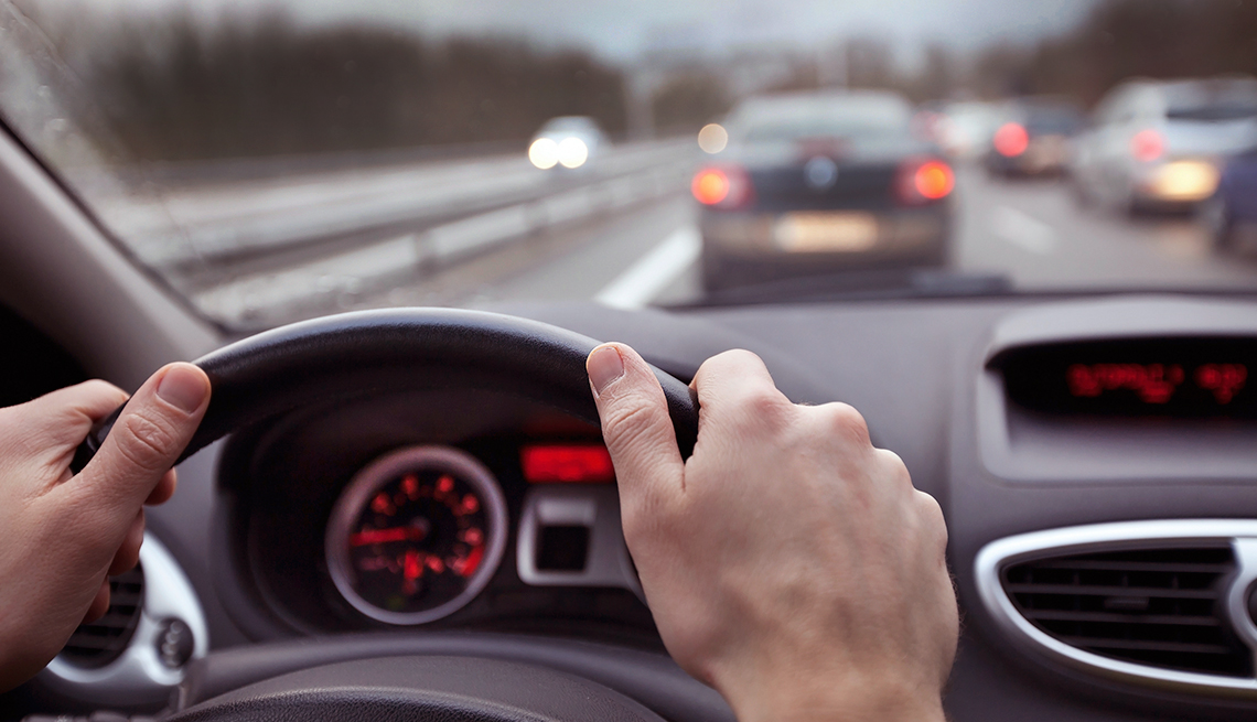 7 Distracted Driving Tips The best advice for keeping your eyes safely on the road