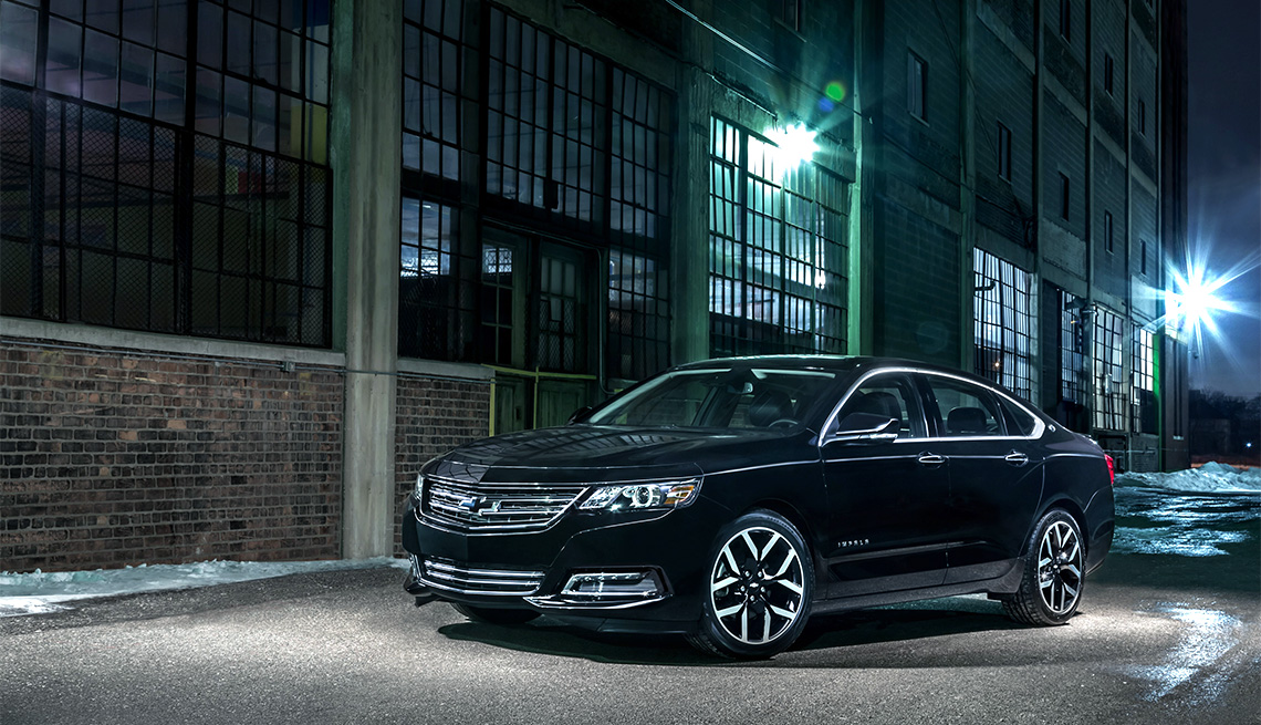 item 3 of Gallery image - 2018 Chevrolet Impala Midnight Edition in alleyway at night