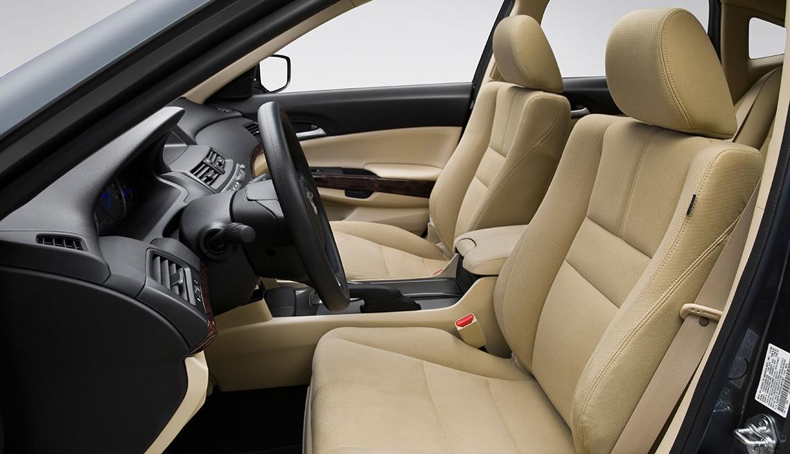 Interior de un Honda Accord.