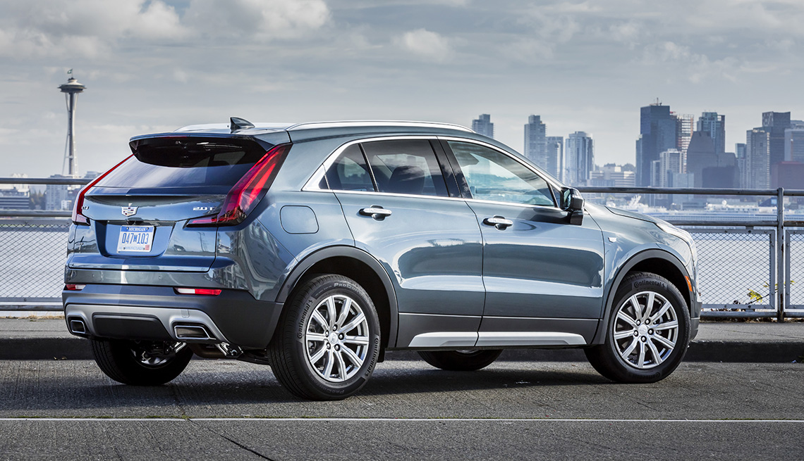 item 3 of Gallery image - Cadillac XT4 019.