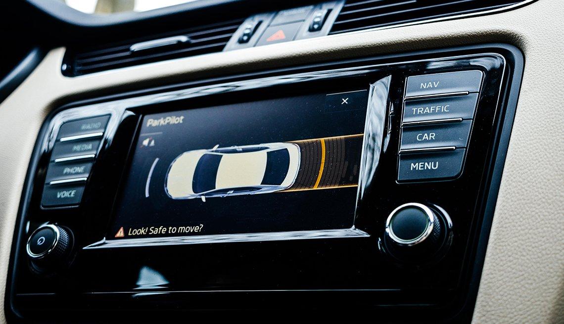 Panel de navegación de un auto