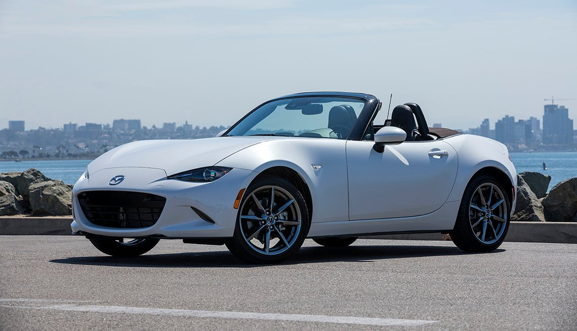item 7 of Gallery image - Mazda MX-5 Miata 2019
