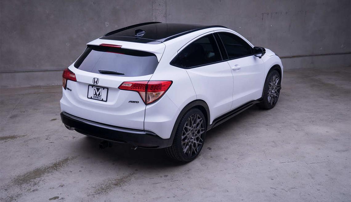 item 9 of Gallery image - Honda HR-V de color blanco
