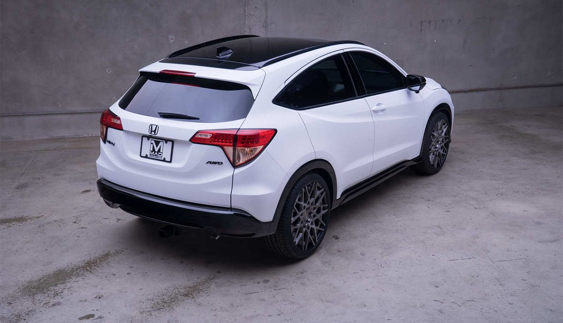 item 9 of Gallery image - white Honda HR-V
