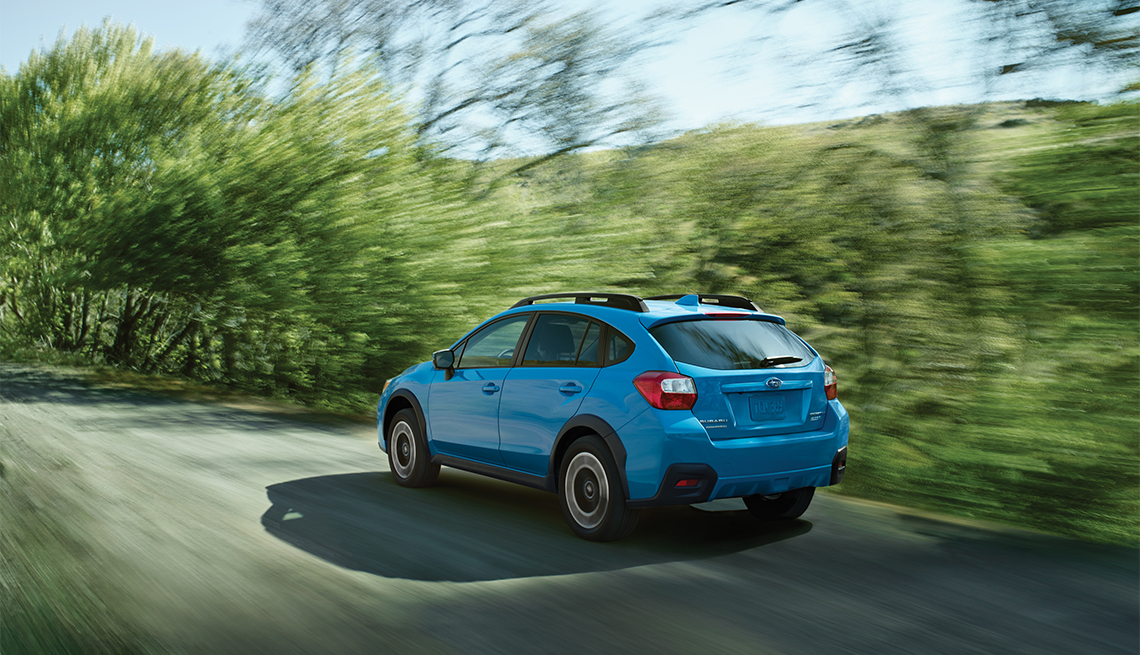 item 3 of Gallery image - Subaru Crosstrek de color azúl