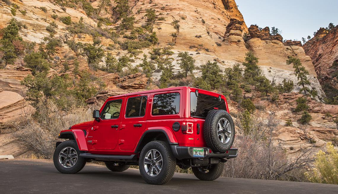 item 3 of Gallery image - 2020 Jeep® Wrangler Sahara