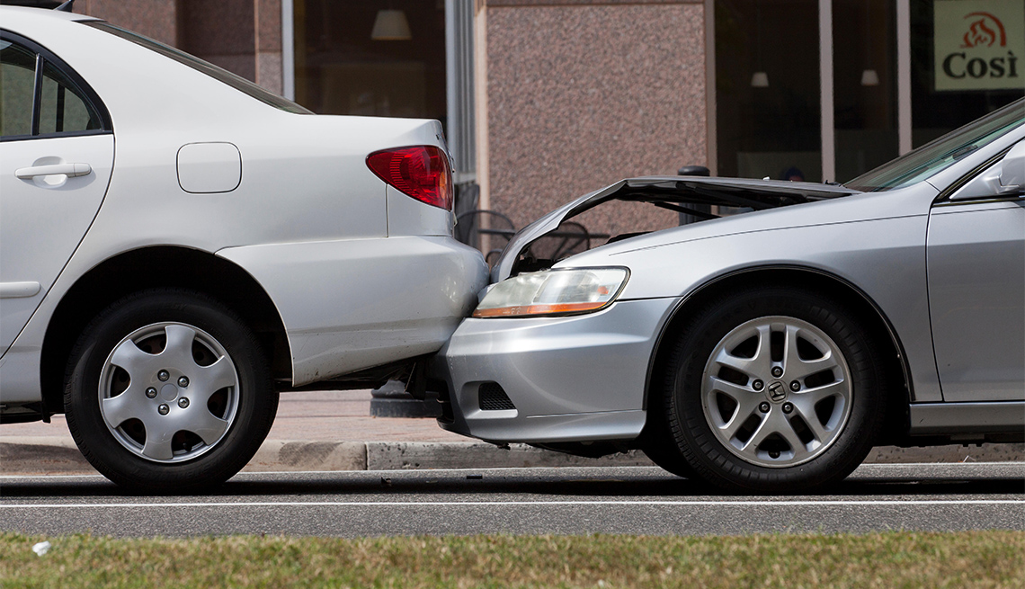 Choque entre dos autos