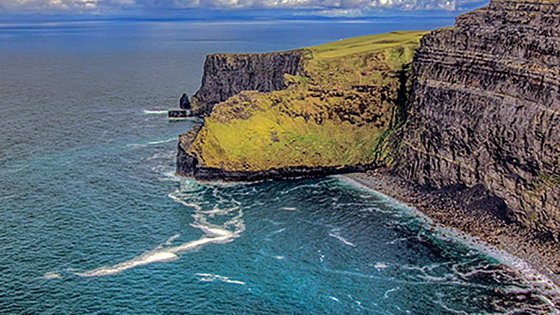 Ireland cliffs by ocan