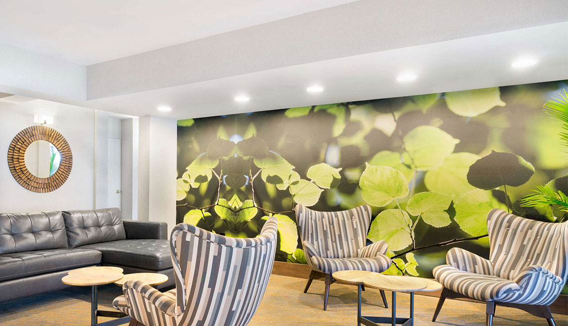 View of lounge area at Garden hotel property