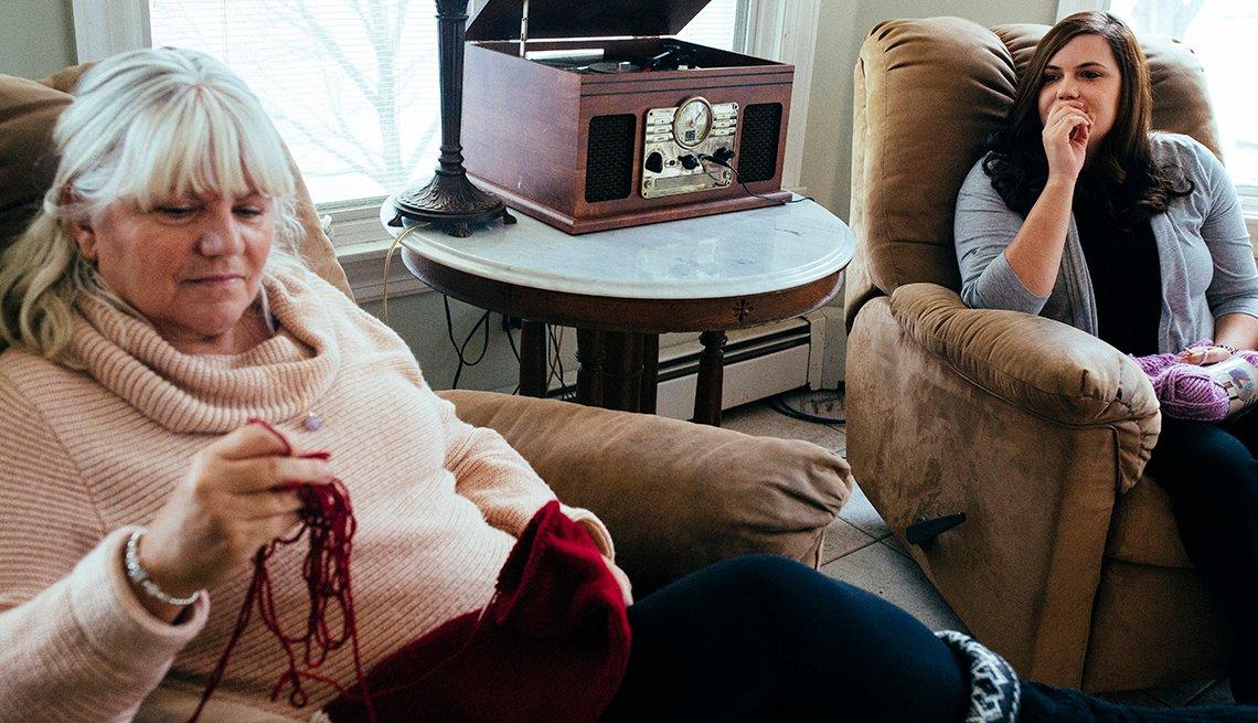 Stephanie Hanamaikai and her mother knitting