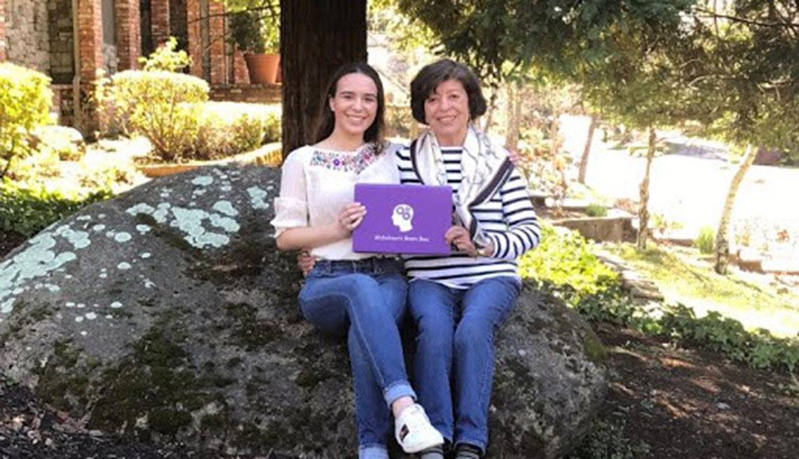 Victoria Da Conceicao y su abuela María Antonieta Llamas
