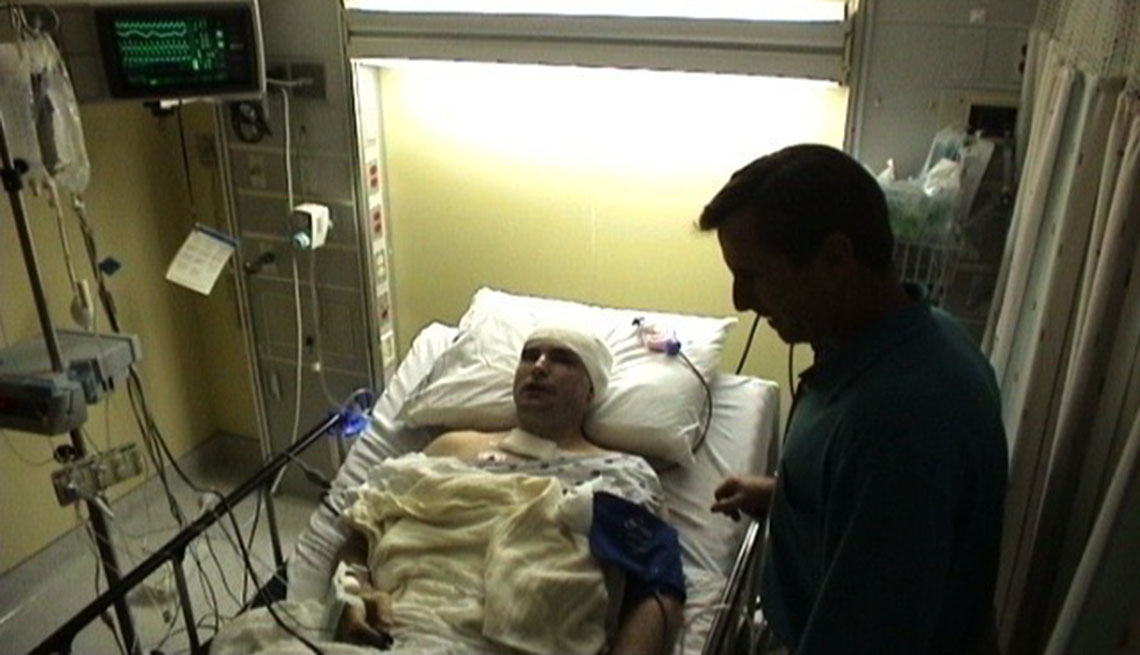 Bob Woodruff in hospital
