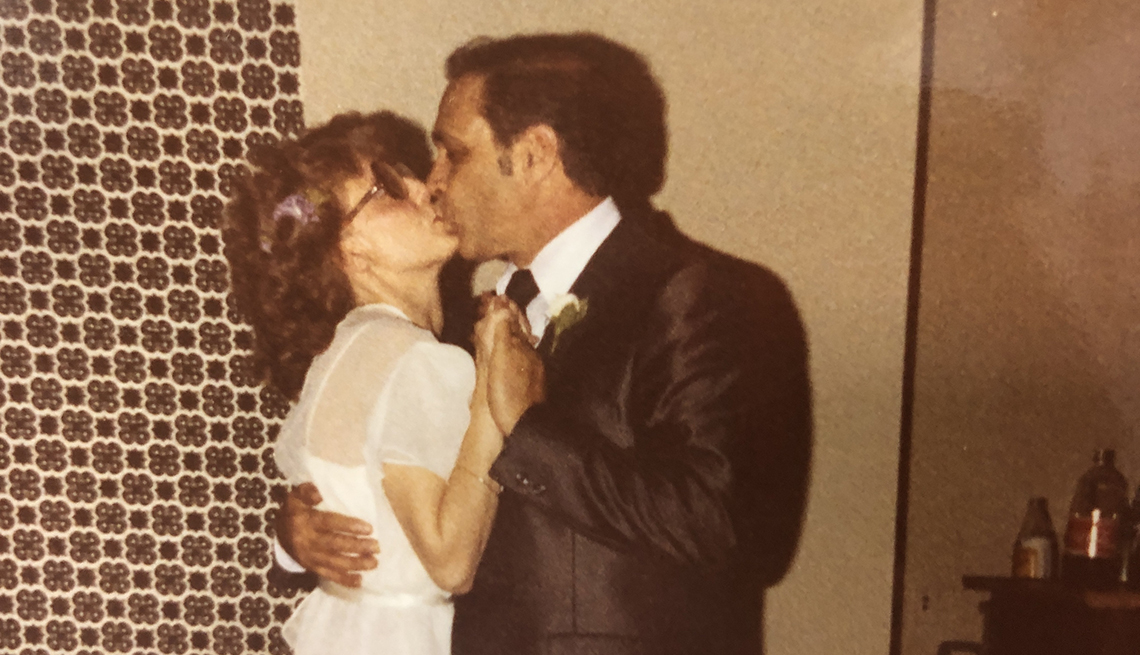 Phyllis y Bill Scantland el día de su boda
