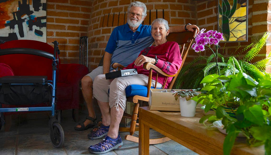 David and Fran Buss at home on Sept. 24, 2019 in Tucson, Ariz.