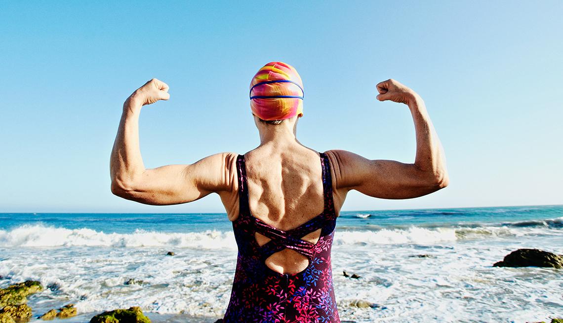 strong female swimmer