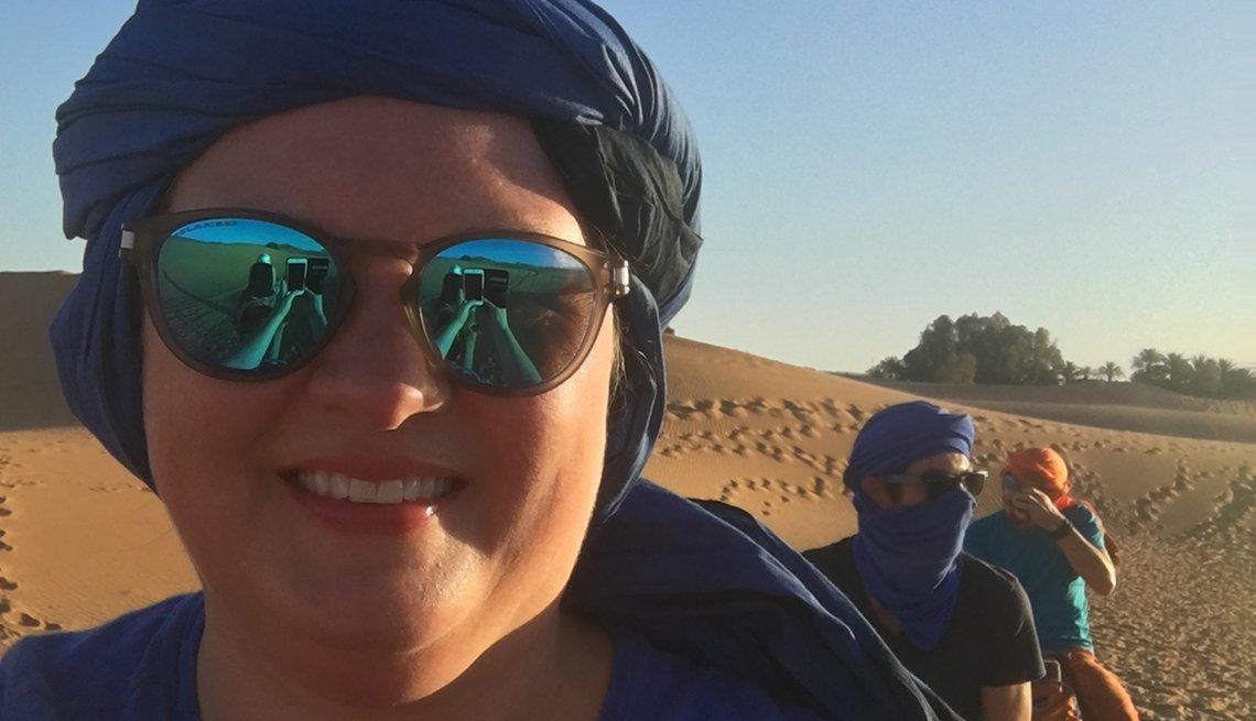 Selfie of Melissa Gold in the desert
