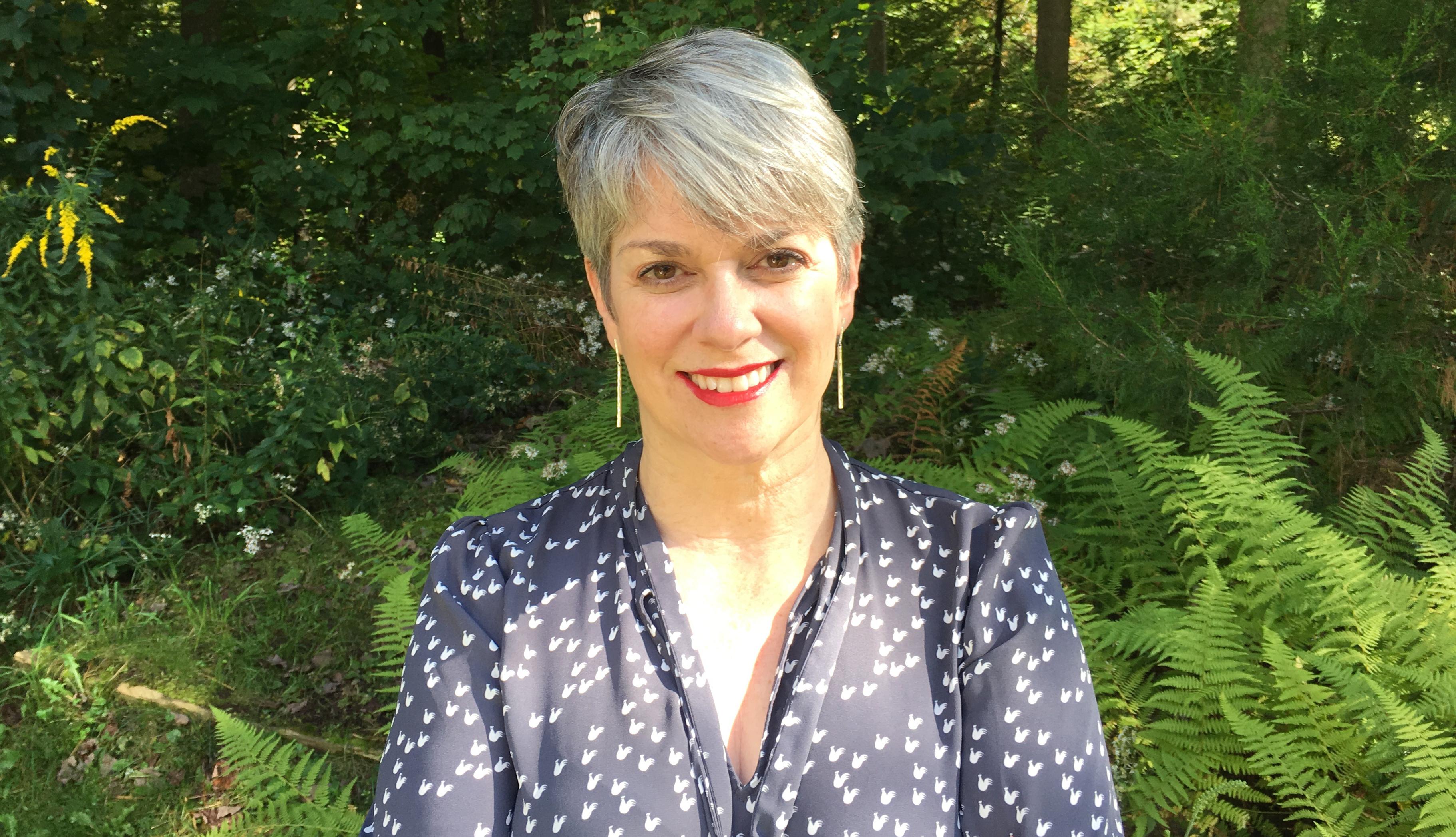 Headshot of author Kristin Higgins