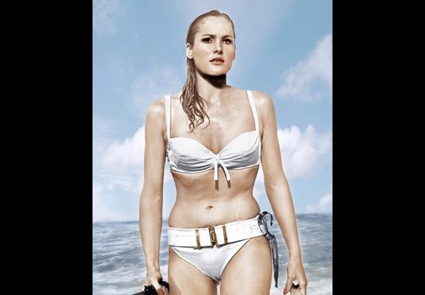 Ursula Andress - 50 años de James Bond: Desde Sean Connery a Daniel Craig