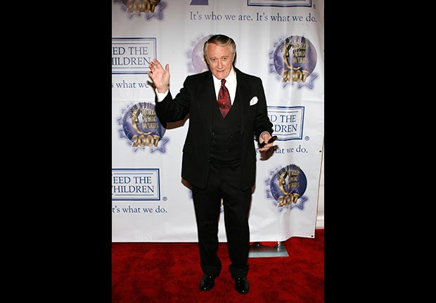 Actor Robert Vaughn poses at the 2007 World Magic Awards held at the Barker Hanger October 13, 2007 in Santa Monica, California.