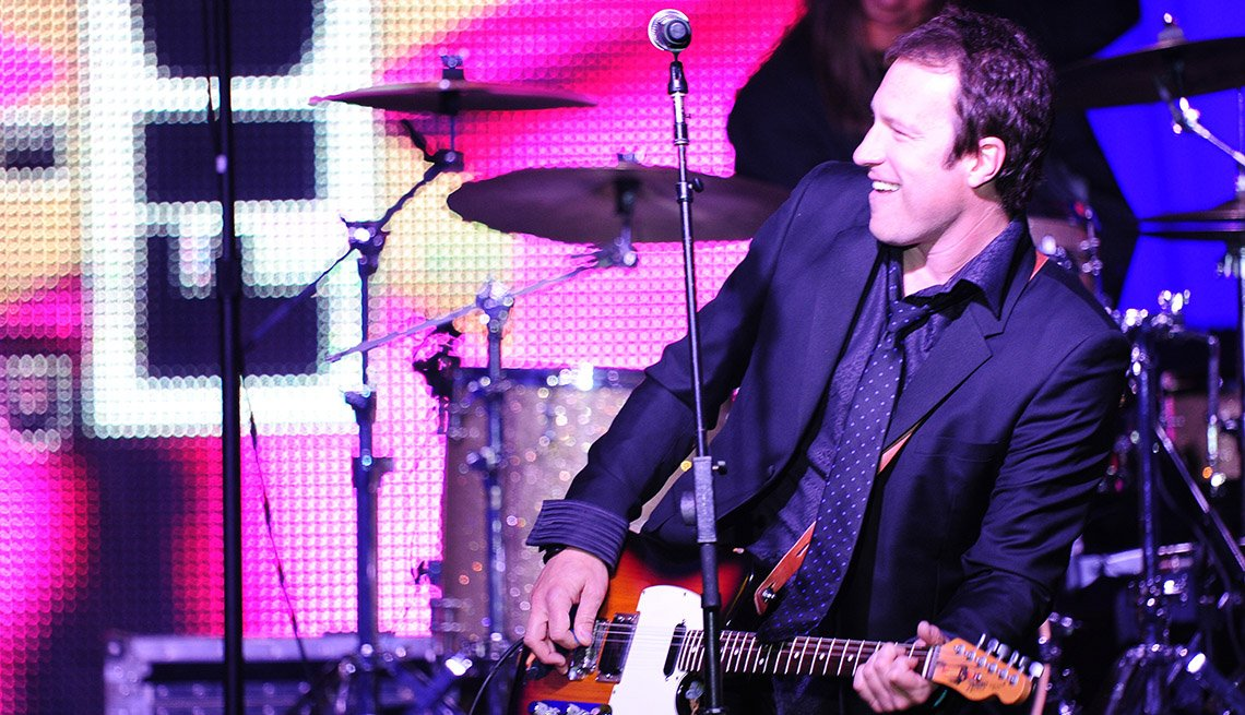 John Corbett, Actor, Performance, On Stage, Performance, Band, Guitar, Singing, Concert, Actor Rock Stars