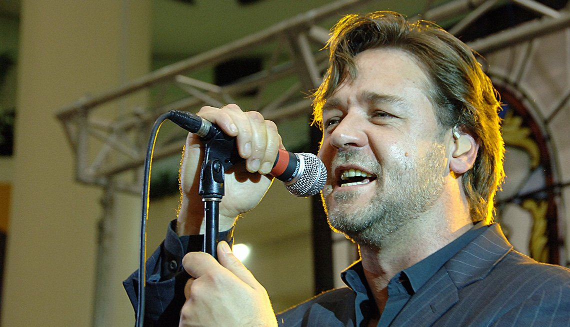 Actor, Russell Crowe, Performance, On Stage, Concert, Singing, Actor Rock Stars