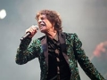 mick jagger how to dress your age getting older dressing better concert stage