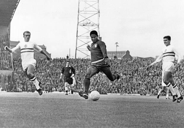 Eusebio - Los mejores goleadores de todos los tiempos