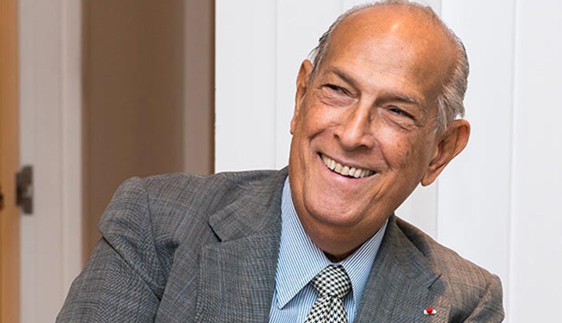 Oscar de la Renta, 82, Fashion Designer, 2014 Celebrity Obituaries