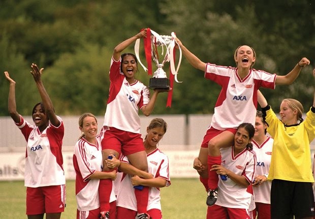 Bend it Like Beckham, 2002 - Mejores películas de fútbol
