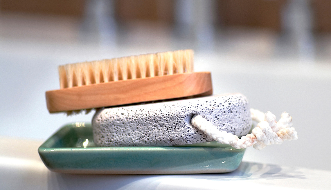 Pumice Stone, Foot Brush, Shower, Bathtub, Exfoliation, Look Younger