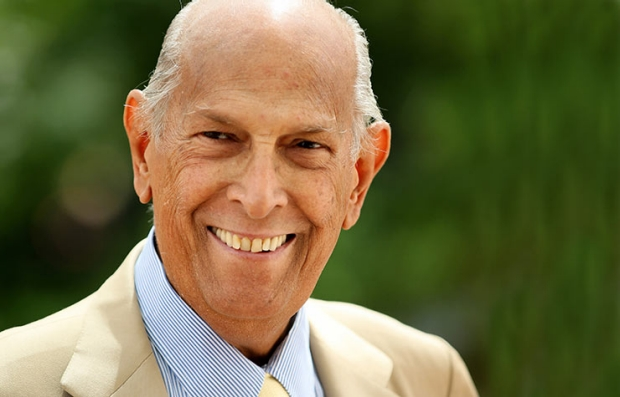 Oscar de la Renta has Died at Age 82.
