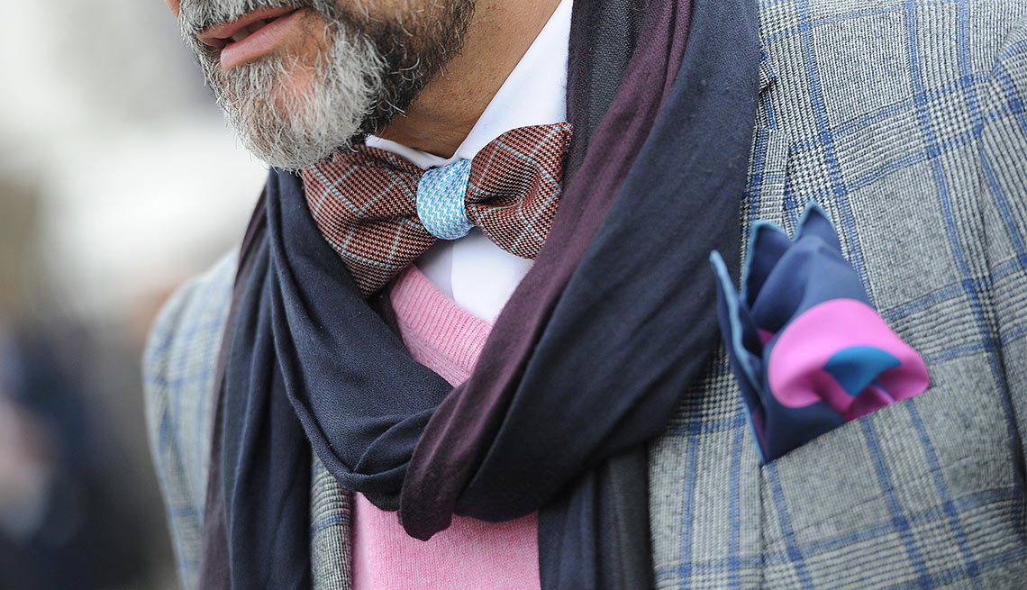 Mens Fashion, Scarf, Pocket Squre, Bowtie, Eight Styles For Color Shy Guys