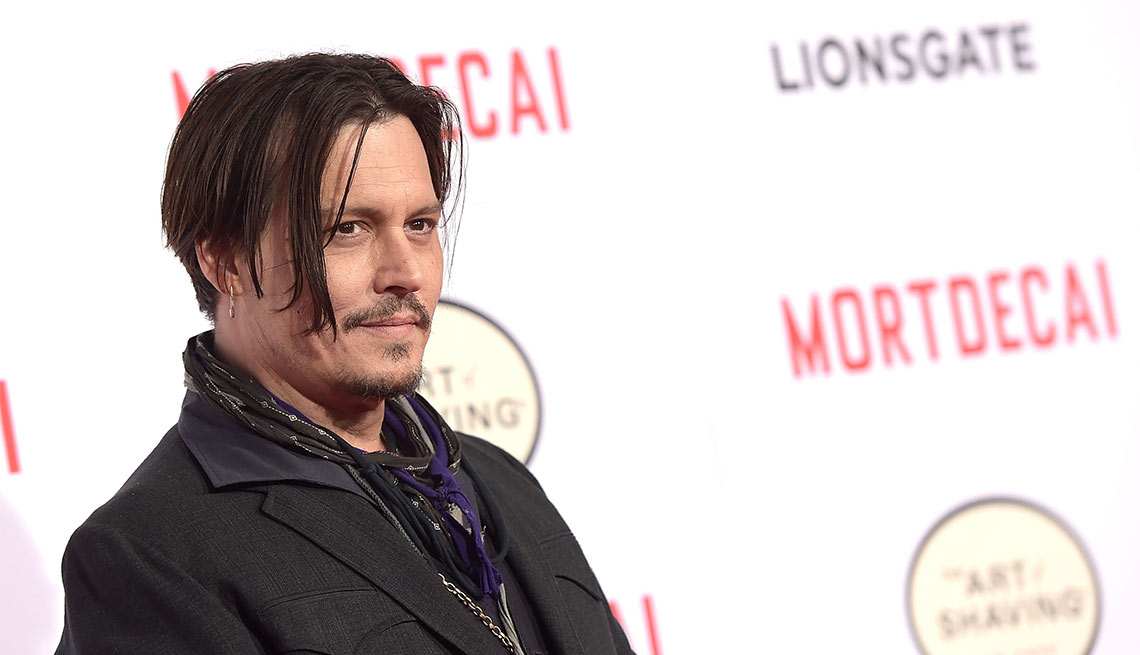 Johnny Depp - Famosos que dejaron los estudios y hoy son millonarios