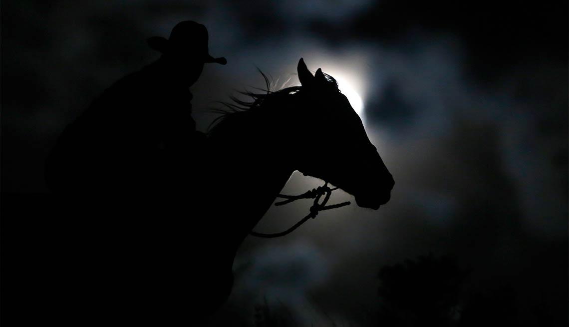 item 13 of Gallery image - El Charro Negro - Noche de brujas, espantos y monstruos legendarios