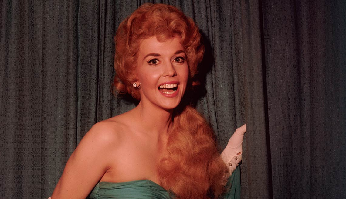 Famous People We've Lost in 2015, Donna Douglas