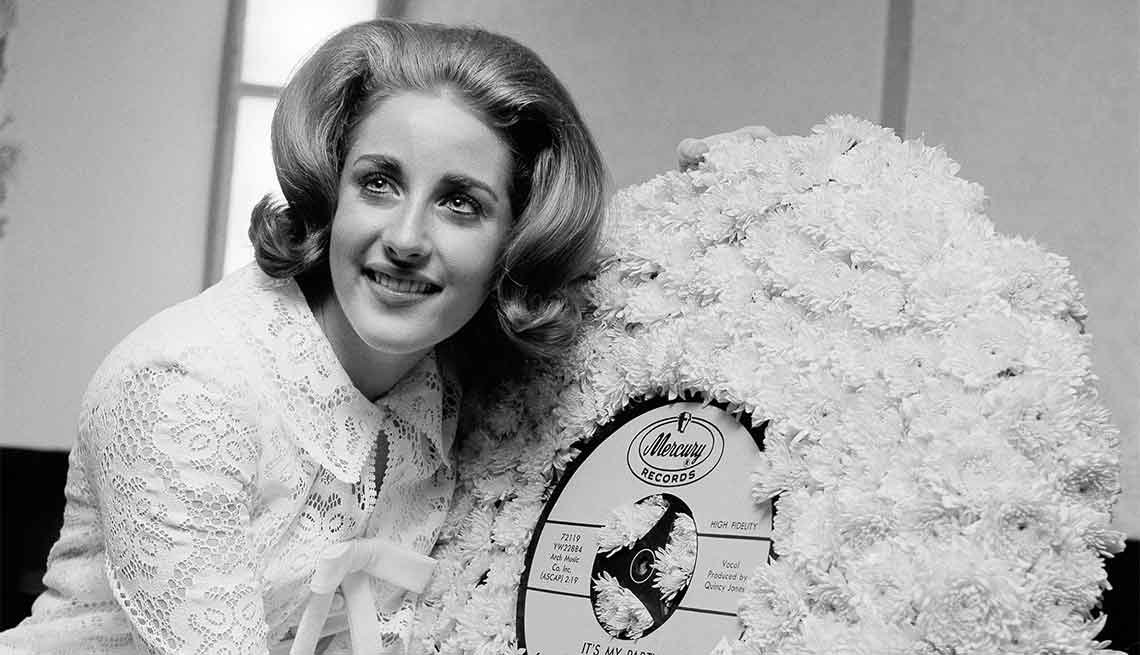 Famous People We've Lost in 2015, Lesley Gore