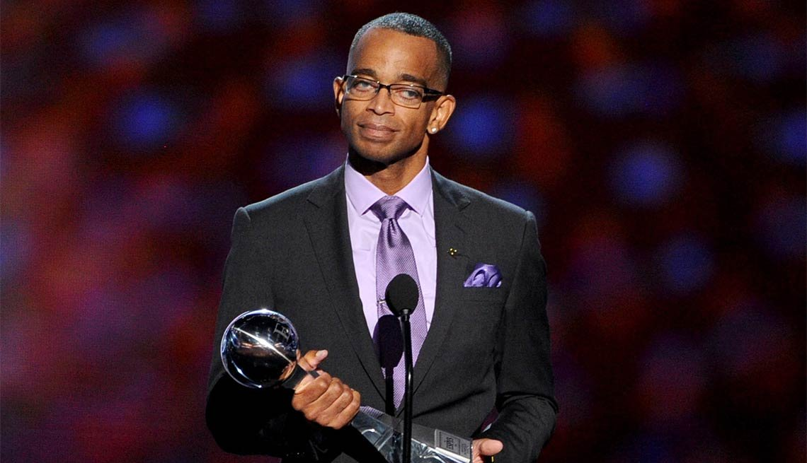 Famous People We've Lost in 2015, Stuart Scott