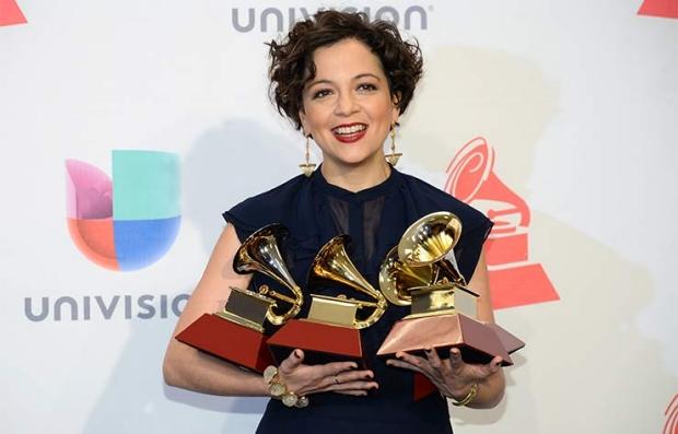 Natalia Lafourcade - Latin Grammy 2015