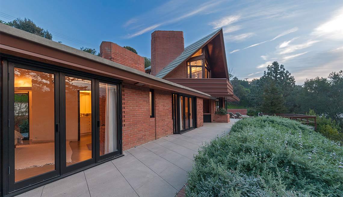 Diane Keaton, Alfred Newman House/Frank Lloyd Wright House