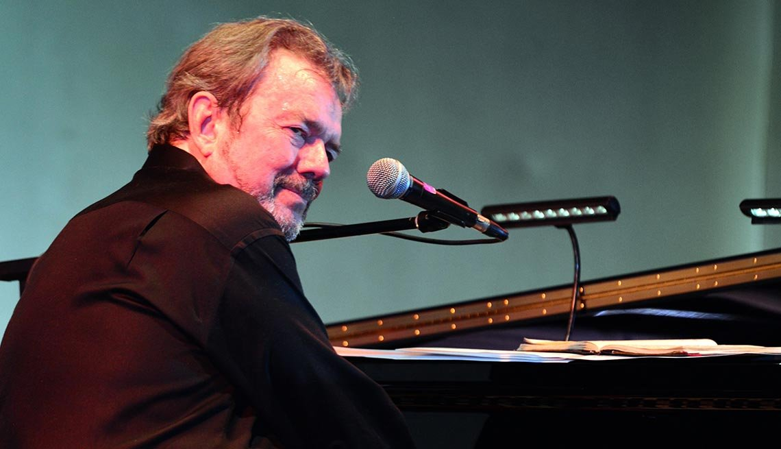 Jimmy Webb, 70