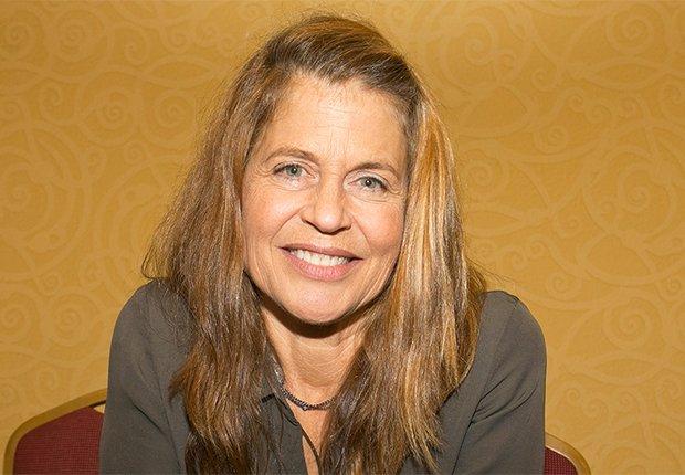 Linda Hamilton, 60, cumpleños en septiembre