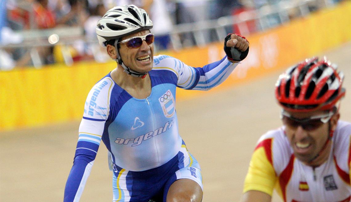 Juan Esteban Curuchet: Ciclismo en pista - Pioneros olímpicos hispanos