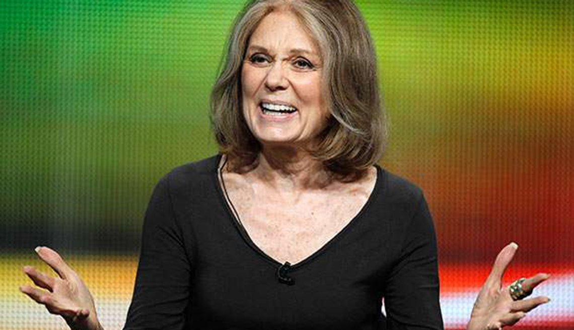 Famosas que se enorgullecen de sus cabelleras platinadas - Gloria Steinem