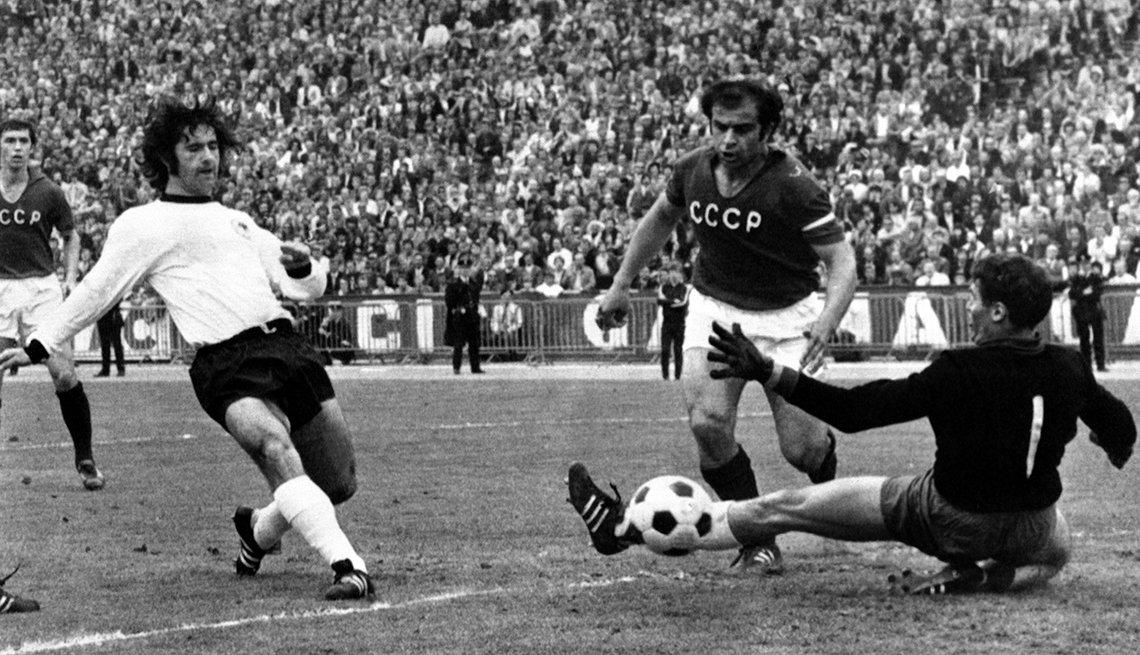 Gerd Müller - Los mejores delanteros de la historia del fútbol
