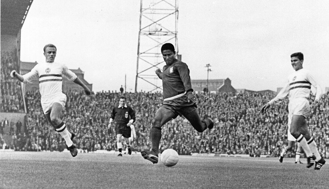Eusébio - Los mejores delanteros de la historia del fútbol