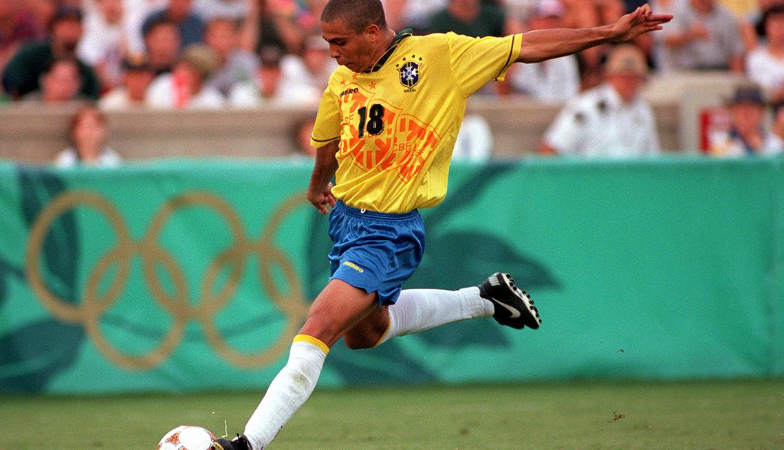Ronaldo - Los mejores delanteros de la historia del fútbol