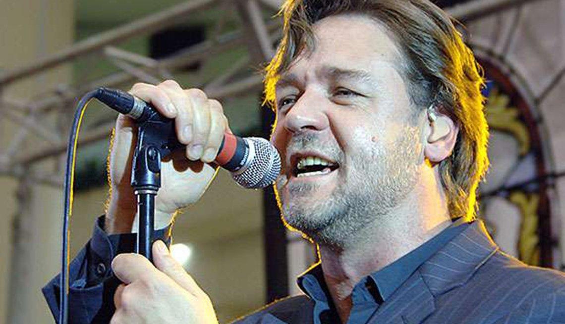 Actores convierten en realidad sus sueños musicales - Russell Crowe