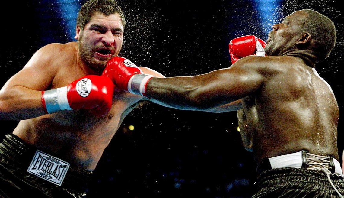 Leyendas del boxeo latinoamericano - John Ruiz (44-9-1-1, 30 nocáuts)