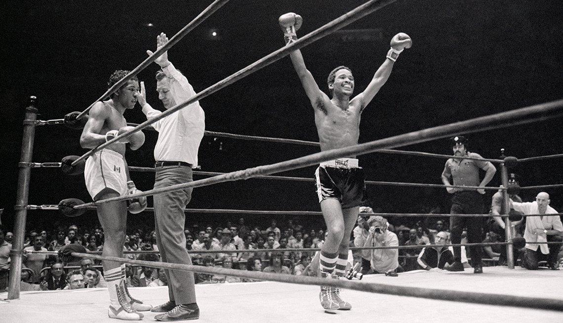 item 3 of Gallery image - Leyendas del boxeo latinoamericano - Wilfredo Benítez (53-8-1, 31 nocáuts)