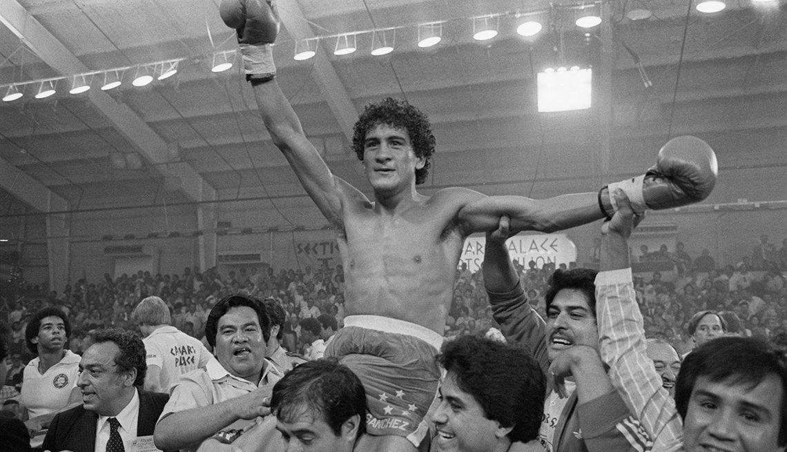 item 13 of Gallery image - Leyendas del boxeo latinoamericano - Salvador Sánchez (44-1-1, 32 nocáuts)